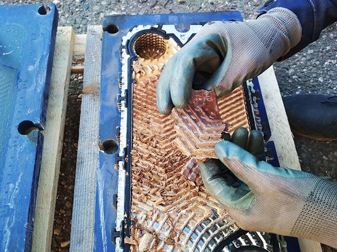 очистка пластинчатых теплообменников